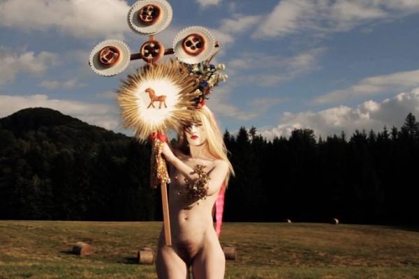 Tereza Buskova_baked woman of doubice