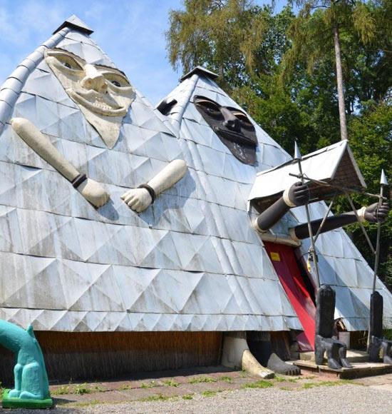 bruno-weber-pyramids-550x58